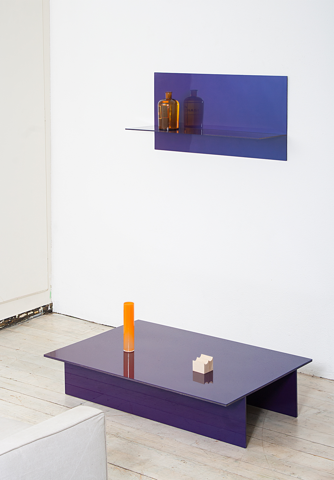 Dimitri Bahler - T - FURNITURE
